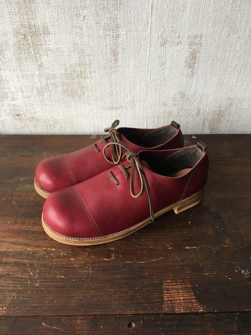 ボルドー×カーキのひも靴