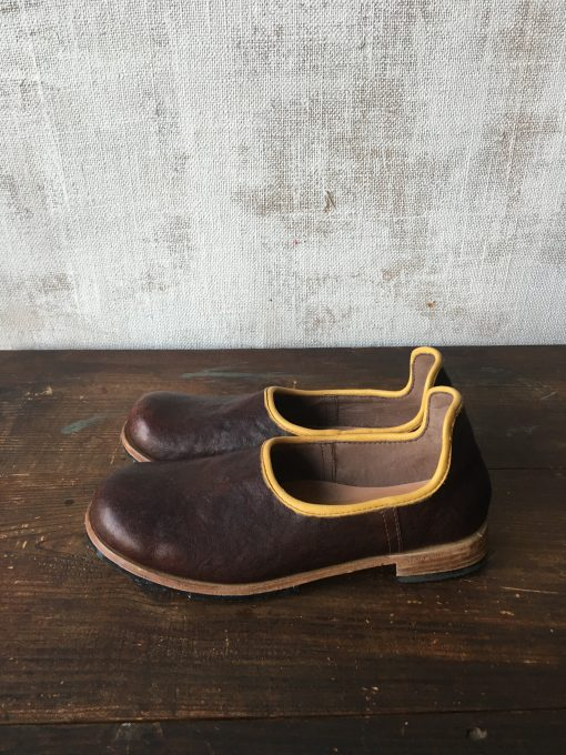 焦げ茶✖︎黄の靴べらシューズ